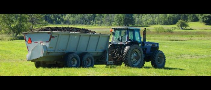 tractor_biosolids_spread